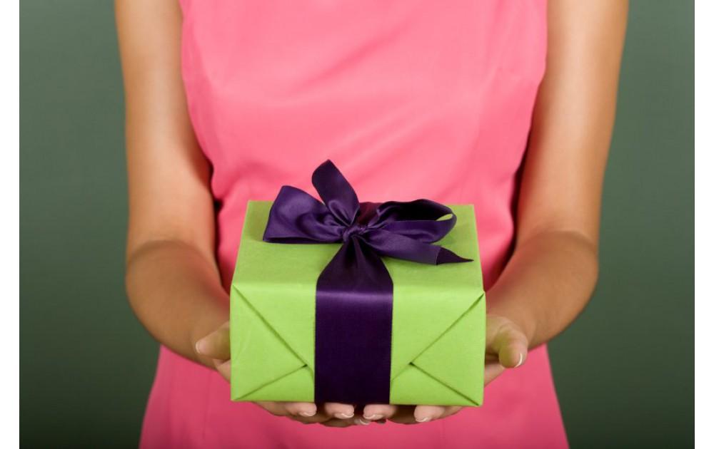 Подарки нашим покупателям